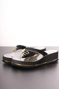 12264Slipper_Guess_Zwart_Goud